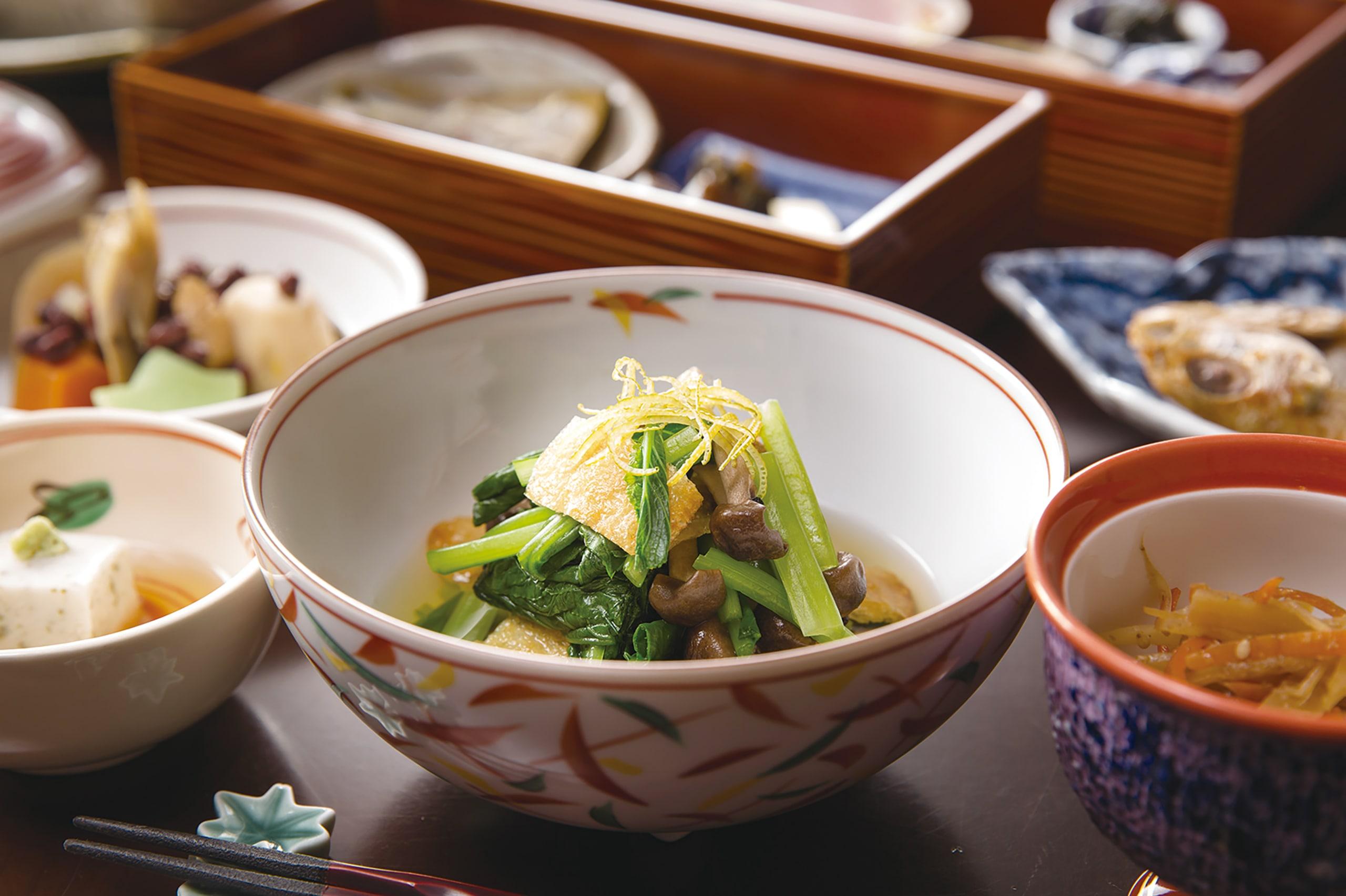 小松菜ときのこの煮びたし ゆずを添えて